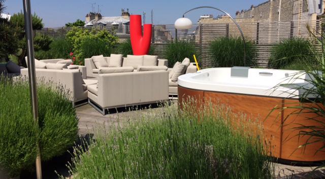 Installer un spa dans un petit espace : terrasse ou jardin ...